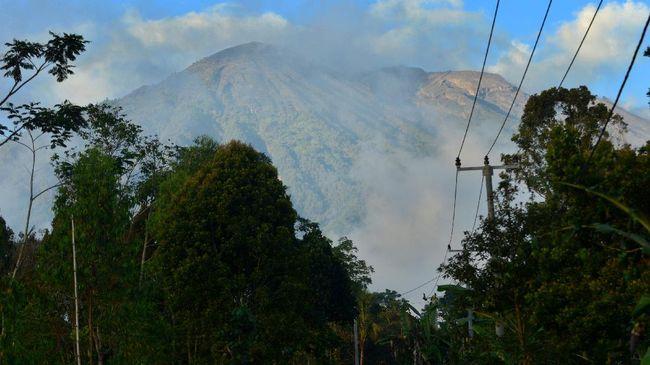 Hotel Dekat Gunung Agung Sudah Mengosongkan Kamar