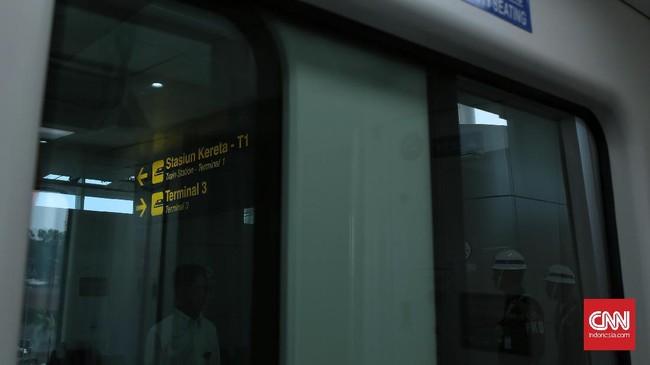 Di tahap selanjutnya, Skytrain juga akan menghubungkan Terminal 3, Terminal 2, stasiun kereta bandara, dan Terminal 1 dengan total lintasan dual track yang mencapai 3.050 meter atau sekitar 3 kilometer. (CNN Indonesia/ Hesti Rika)