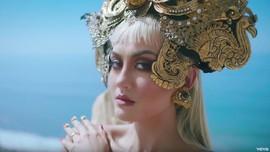 6 Momen Agnez Mo Kenalkan Budaya Indonesia Ke Dunia