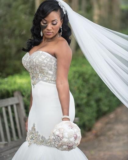 Alasan Inspiratif Wanita Ini Tak Tutupi Tanda Lahir di Wajahnya Saat Menikah