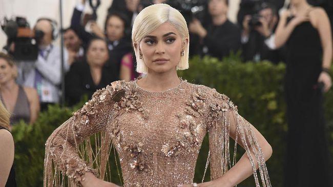 Kylie Jenner Tambah Sekuriti demi Buah Hati