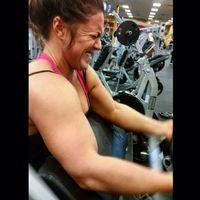 Ketika otot-otot sudah terasa ngilu tapi masih harus menyelesaikan target repetisi. (Foto: Instagram/jamielynnparr_)