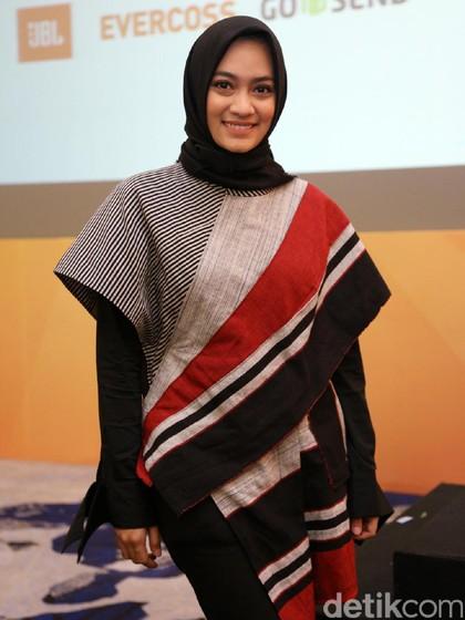 Tips Bergaya Hijab Etnik Tapi Tetap Kekinian Ala Ayudia Bing Slamet 1