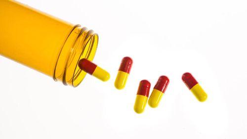Malu karena Ereksi Tidak Sempurna, Amankah Minum Obat Kuat?