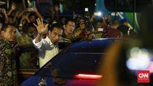 Survei Polcomm: Jokowi Masih Jauh Ungguli Prabowo