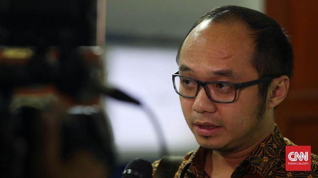 Direktur Charta Politika Lapor 5 Akun Medsos ke Polisi