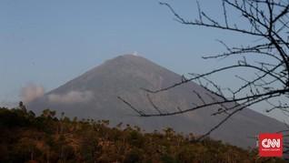 Pendapatan Bali Terancam Susut Rp2,47 T Akibat Gunung Agung