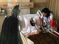 Dalam gambar ini masker CPAP Setnov lagi-lagi disamakan dengan masker yang dipakai tokoh antagonis. Kali ini giliran Bane dari film Batman, The Dark Knight Rises. (Foto: instagram/irenna09)