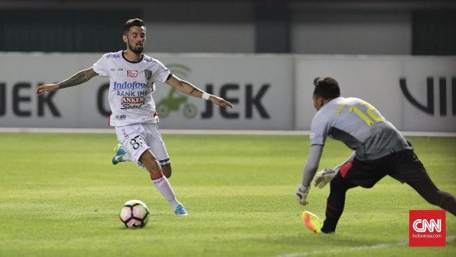 Guyonan Winger Bali United Soal Insiden Lilipaly-Comvalius