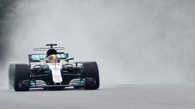 Lewis Hamilton Raih Pole, Vettel di Posisi Buncit GP Malaysia