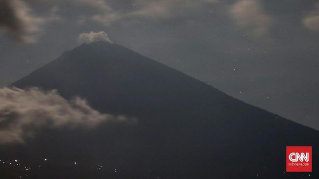 Sebagian Pengungsi Gunung Agung Diminta Pulang