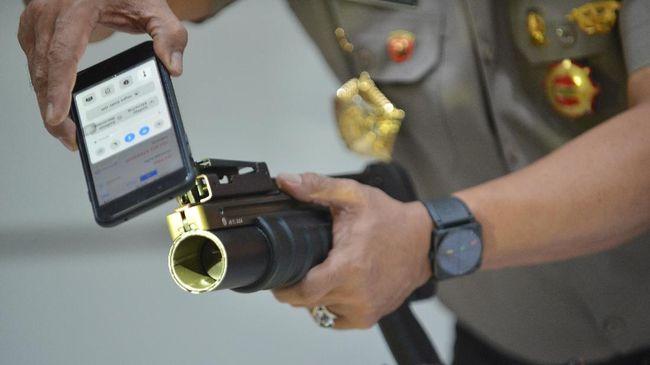 TNI Simpan Peluru Mematikan Milik Brimob