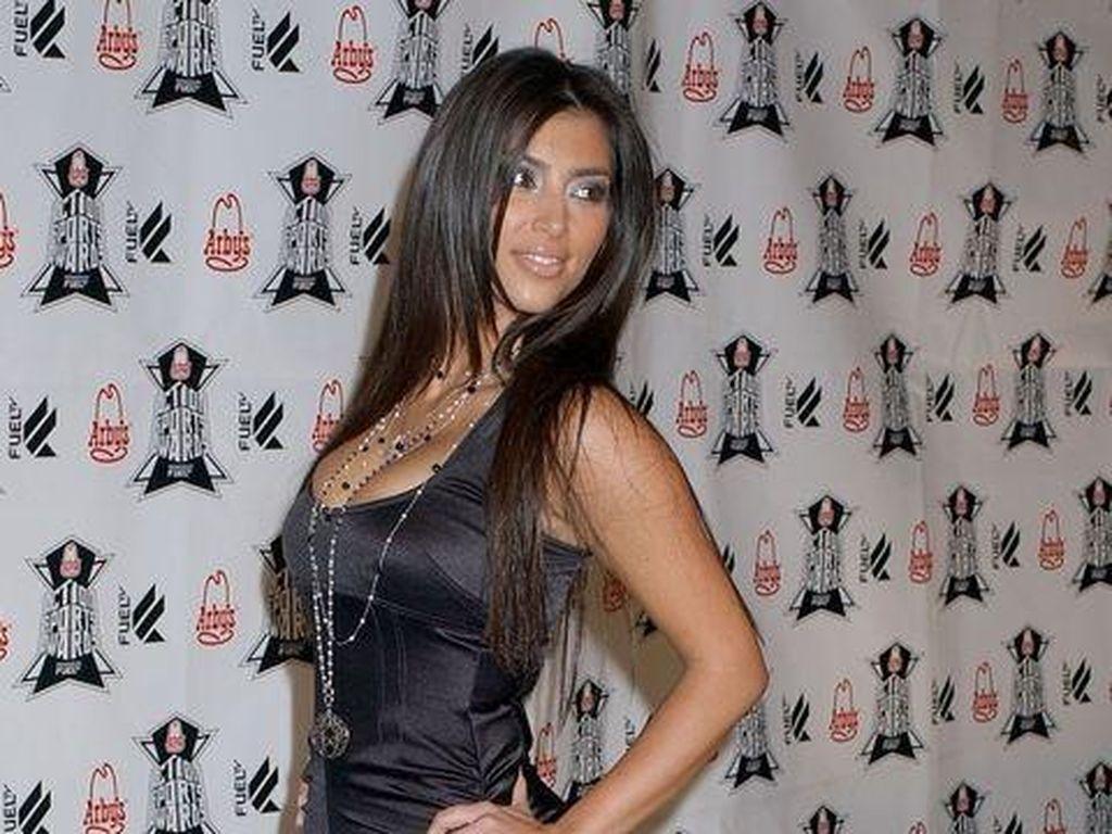 15 Foto Jadul Keluarga Kardashian yang Bikin Pangling