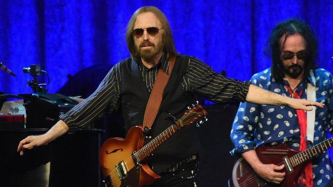 Tom Petty Dilarikan ke RS Akibat Serangan Jantung
