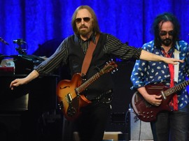 Putri Tom Petty 'Ngotot' Ayahnya Bukan Pecandu