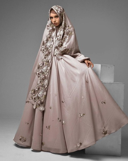 Foto 20 Inspirasi Gaun Pengantin Syar i yang Cantik dan
