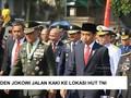 VIDEO: Raut Wajah Jokowi Saat Jalan Kaki ke Lokasi HUT TNI