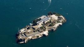 5 Pulau Seram yang Cocok Dikunjungi saat Halloween