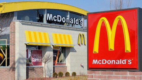 Satpam yang Minta Hijabers Lepas Jilbab di McDonalds London Dipecat