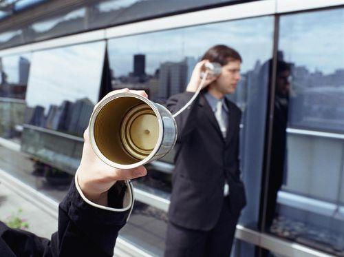 Curhat Lewat Telepon Lebih Efektif daripada Bertatap Muka