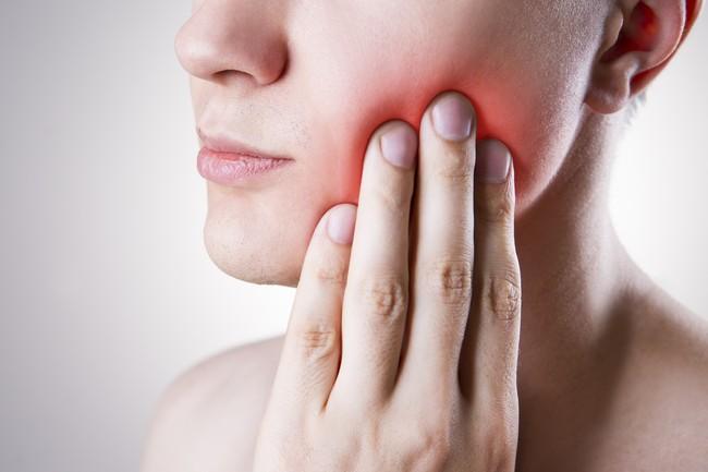 Bukan Hanya Kuman, 6 Penyakit Ini Bisa Datang Kala Malas Gosok Gigi