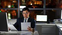 Sebagian besar pekerjaan saat ini menuntut karyawannya untuk duduk berjam-jam. Akibatnya, kalori yang Anda konsumsi tidak pernah mendapat kesempatan untuk dimanfaatkan dengan baik dan kemudian tersimpan sebagai cadangan lemak di tubuh Anda. Foto: Ilustrasi/thinkstock