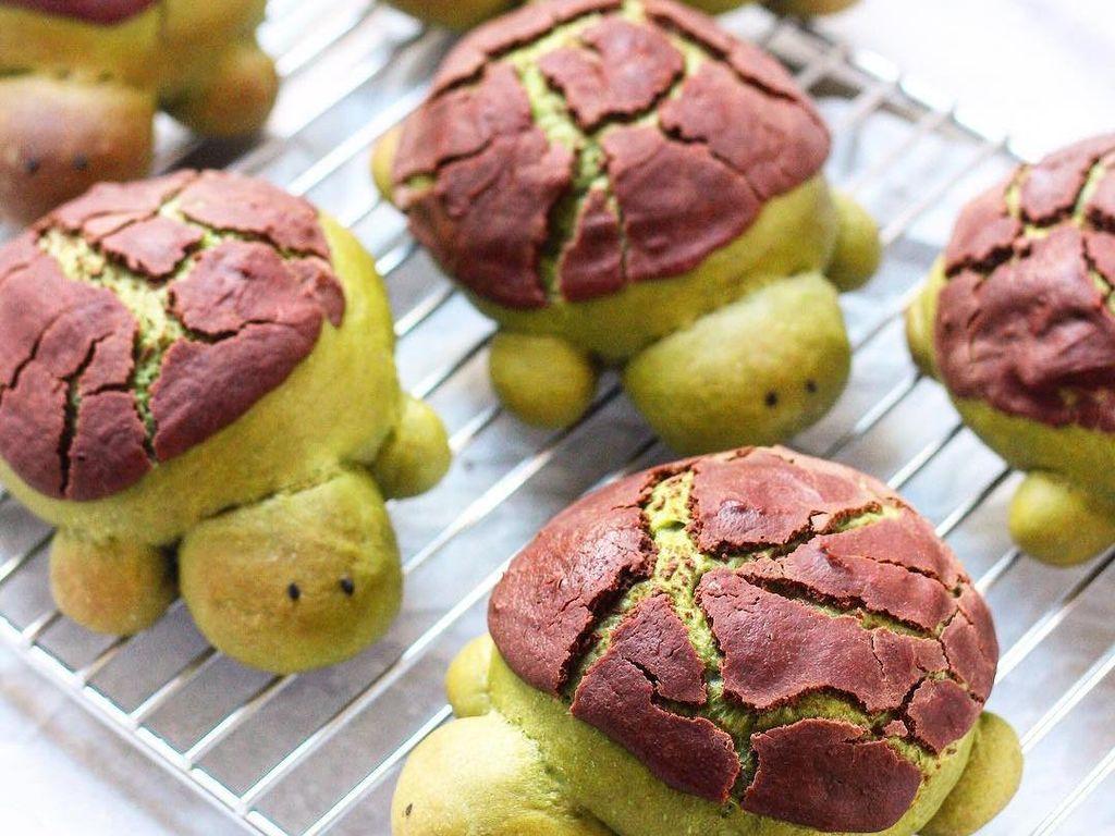 Kura-kura berwarna hijau ini adalah roti buatan Michelle Lu. Foto: Instagram sweet_essence
