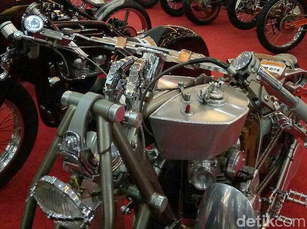 BMS mengerjakan motor ini kurang lebih selama enam bulan.
