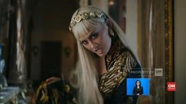 VIDEO: Agnez Mo di 'Long As I Get Paid' Dapat Pujian 'Vogue'