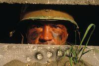 Tentara membutuhkan kebugaran fisik dan koordinasi mata-tangan yang baik untuk bisa berlaga. Oleh sebab itu seorang tentara sepanjang karier militernya mendapatkan tes kebugaran dan ketahanan fisik secara berkala. Foto: Thinkstock