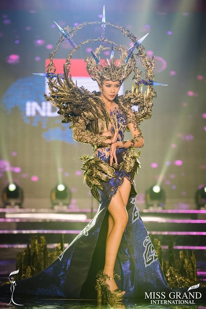 Adu Gaya Kostum Nasional RI & 20 Finalis Lain di Miss Grand International