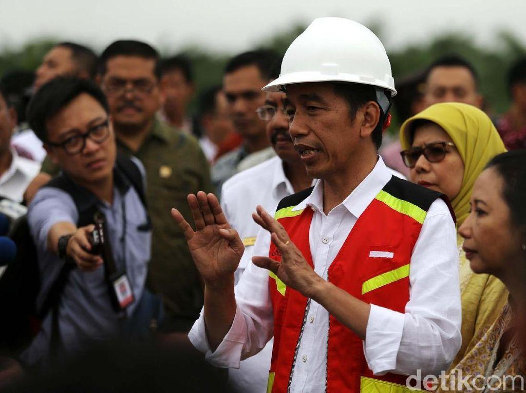 Jokowi juga meminta kepada beberapa pihak terkait untuk ikut membantu penyelesaian seksi jalan tol yang belum selesai pengerjaannya. Sehingga kehadiran jalan tol di Sumatera Utara bisa bermanfaat bagi orang banyak.