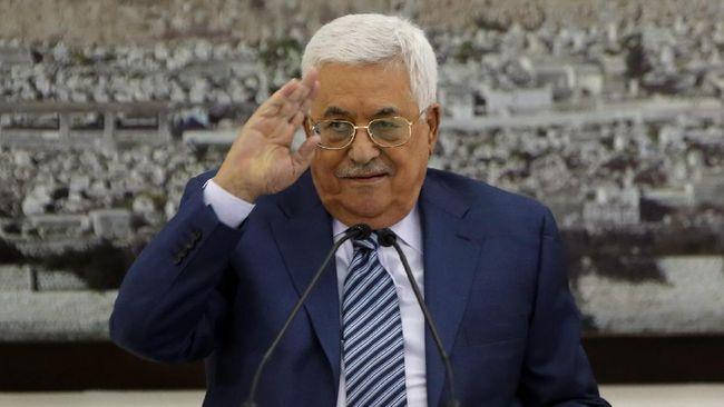 Tak Bisa Gaji Staf, Presiden Palestina Pecat Semua Penasihat