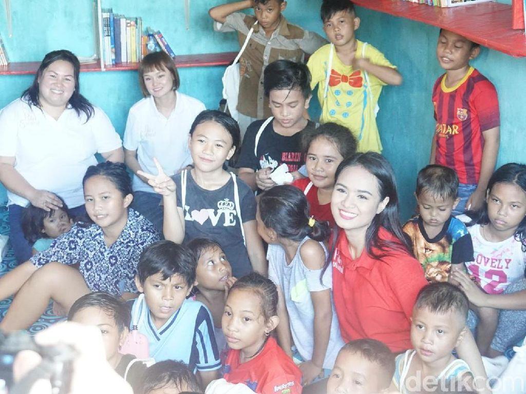Pasar Pustaka, Potret Anak-anak Kurang Beruntung yang Semangat Belajar
