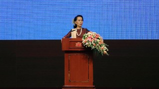 Sakit, Suu Kyi Batal Jawab Pertanyaan Publik di Australia