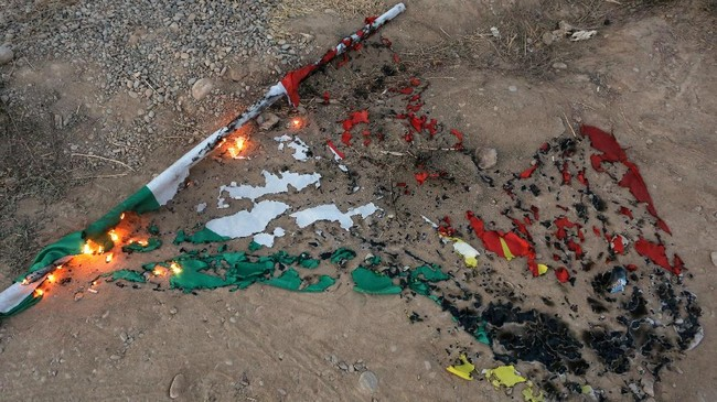 <p>Penghentian operasional secara singkat itu membuat harga minyak melambung karena hal tersebut mewakili lebih dari separuh produksi Kurdi. (Reuters/Stringer)</p>
