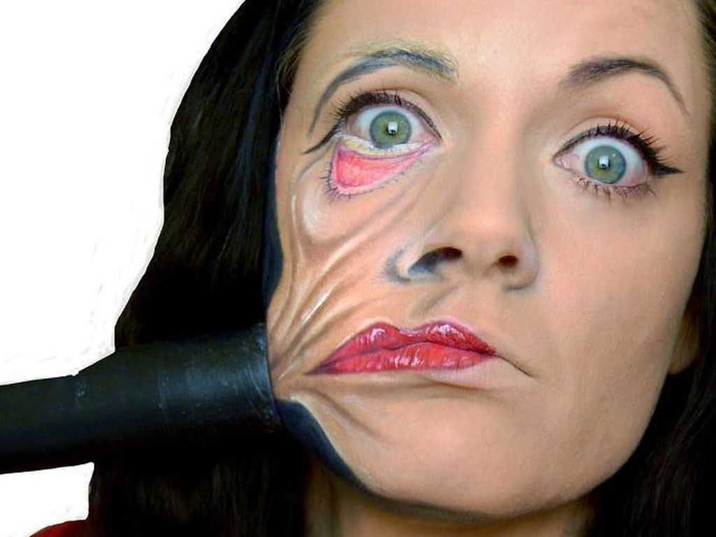 Ngeri! Transformasi Wanita Cantik Berubah Jadi 15 Sosok yang Menakutkan