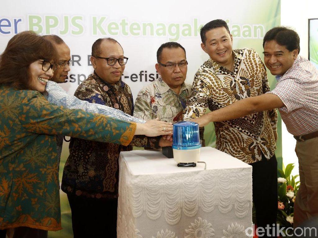 Sebelumnya, acara peresmian tersebut terlebih dahulu dibuka oleh Direktur Utama BPJS Ketenagakerjaan, Agus Susanto di Gedung Infomedia, Jakarta Selatan, Rabu (18/10/2017).