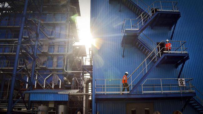 IESR Desak PLN Tak Pangkas Porsi Bauran Energi Terbarukan