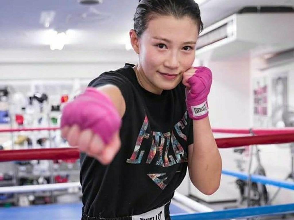 Mengintip Olahraganya Tomomi Takano, Petinju Cantik dari Jepang