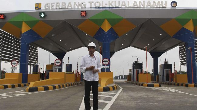 Jokowi: Tarif Tol Turun Akhir Bulan