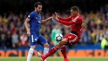 Fabregas Ingatkan Chelsea Waspadai Iniesta
