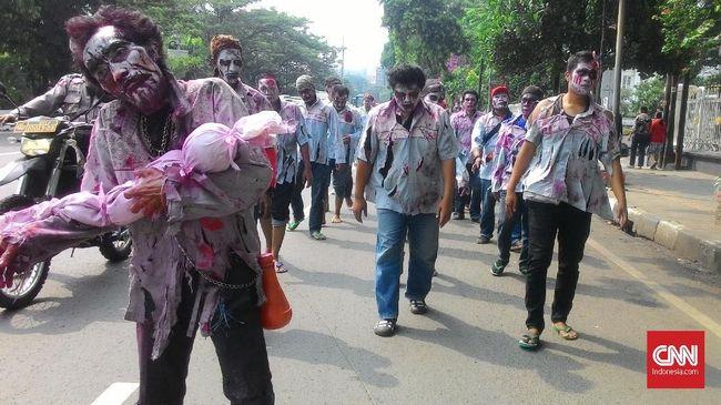 Ratusan 'Zombie' Korban PHK Pertamina Longmarch ke Istana