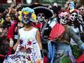 Kemeriahan Merayakan Kematian di Meksiko