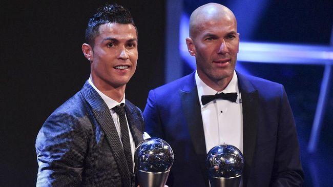 Zidane Bosan Jawab Pertanyaan Soal Ronaldo
