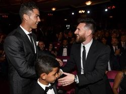Ronaldo dan Messi Makan Malam Bersama, Kenapa Tidak?