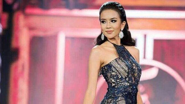 Gaun Dea Rizkita Curi Perhatian di Miss Grand International