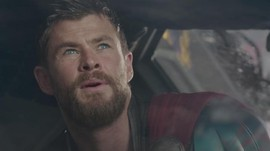 Sutradara Pertimbangkan Teori Fan untuk 'Thor' Terbaru