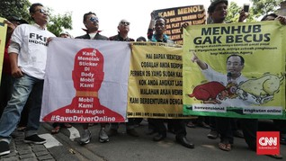 Demo Sopir Taksi Online, Massa 'Long March' ke Istana