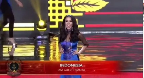 Foto: Aksi Dea Rizkita di Malam Final Miss Grand International 2017